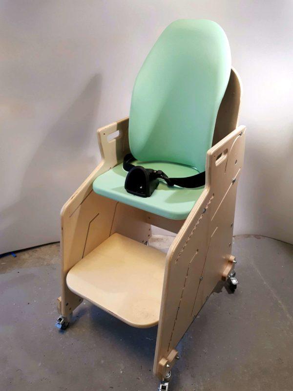 Fauteuil-pour-tous-Siège-d'activités-et-de-repas-pour-l'installation-à-la-table-de-lenfant-handicapé-6-1