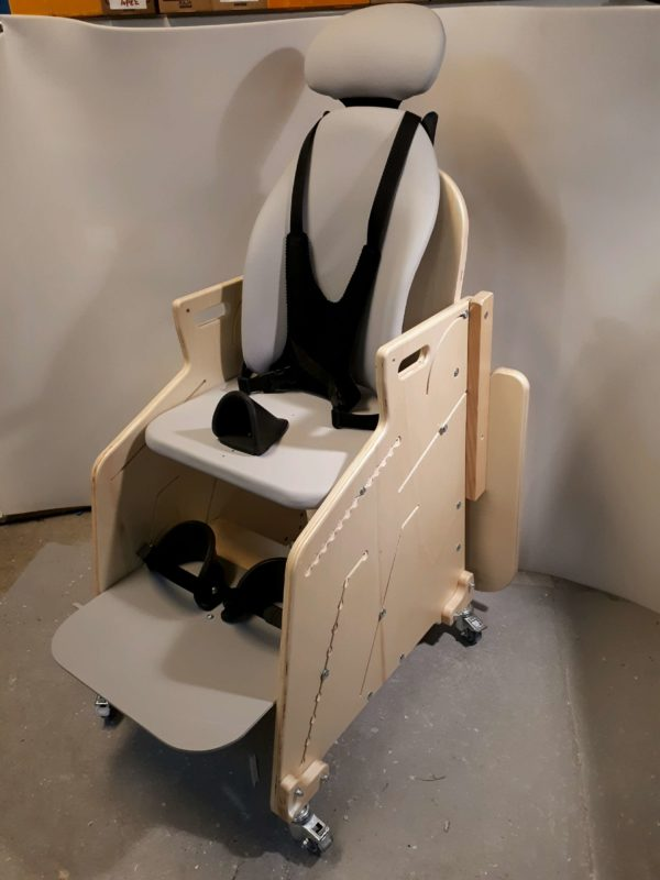 Fauteuil-pour-tous-Siège-d'activités-et-de-repas-pour-l'installation-à-la-table-de-lenfant-handicapé-7