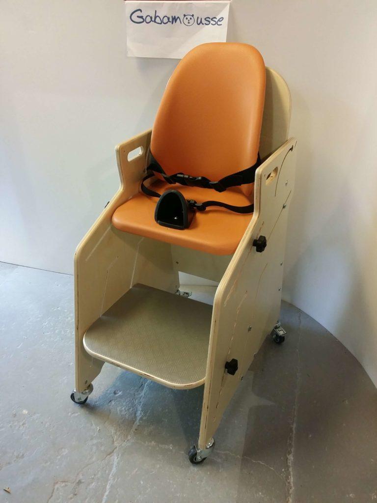 le fauteuil pour tous d 39 un ime pour 2 enfants gabamousse mobilier adapt pour enfants handicap s. Black Bedroom Furniture Sets. Home Design Ideas
